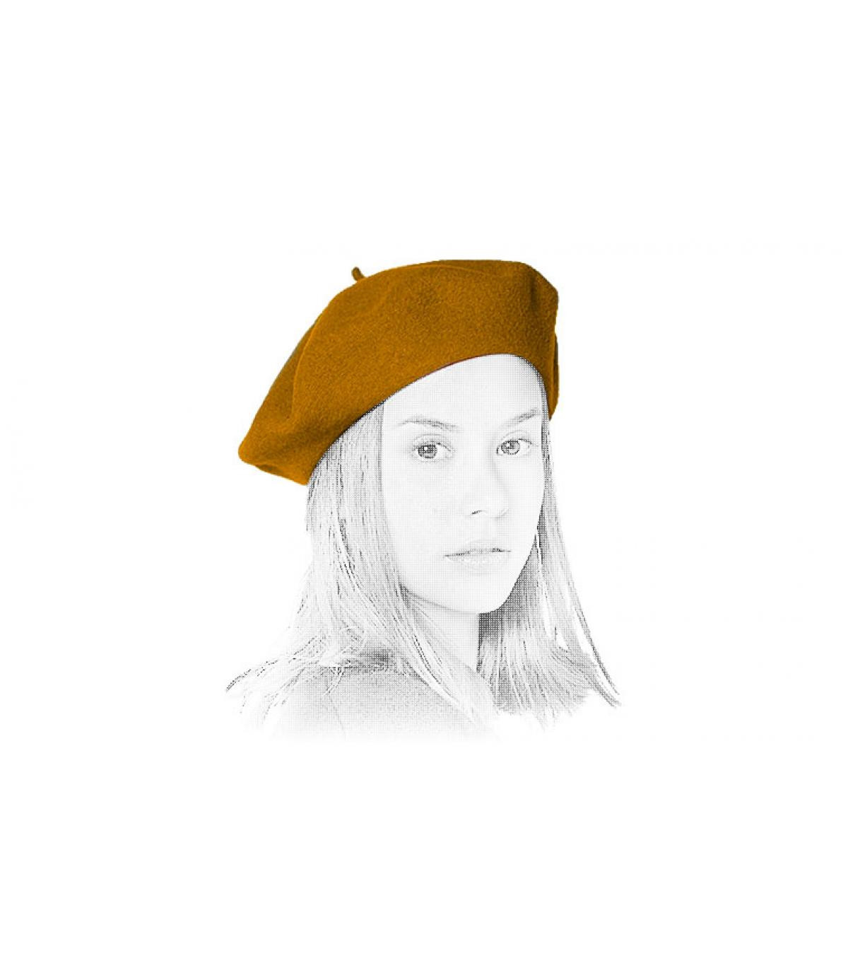 mustard flat cap Laulhère