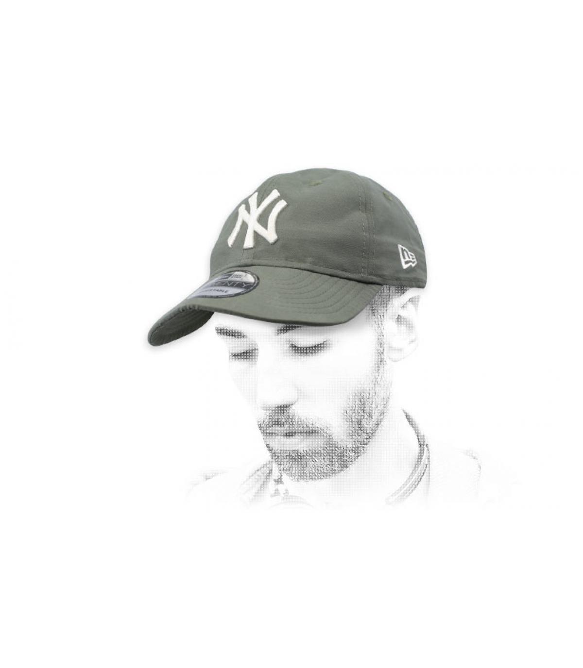green packable NY cap