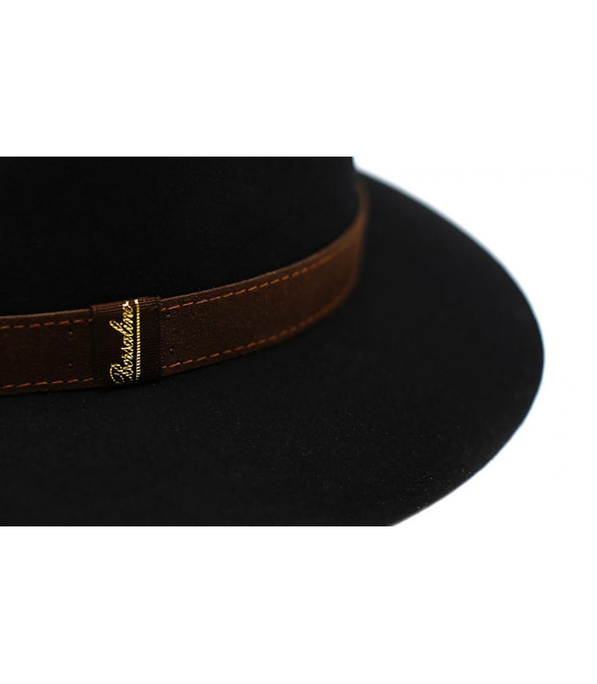 Détails Alessandria black Fur Flet Hat - image 4