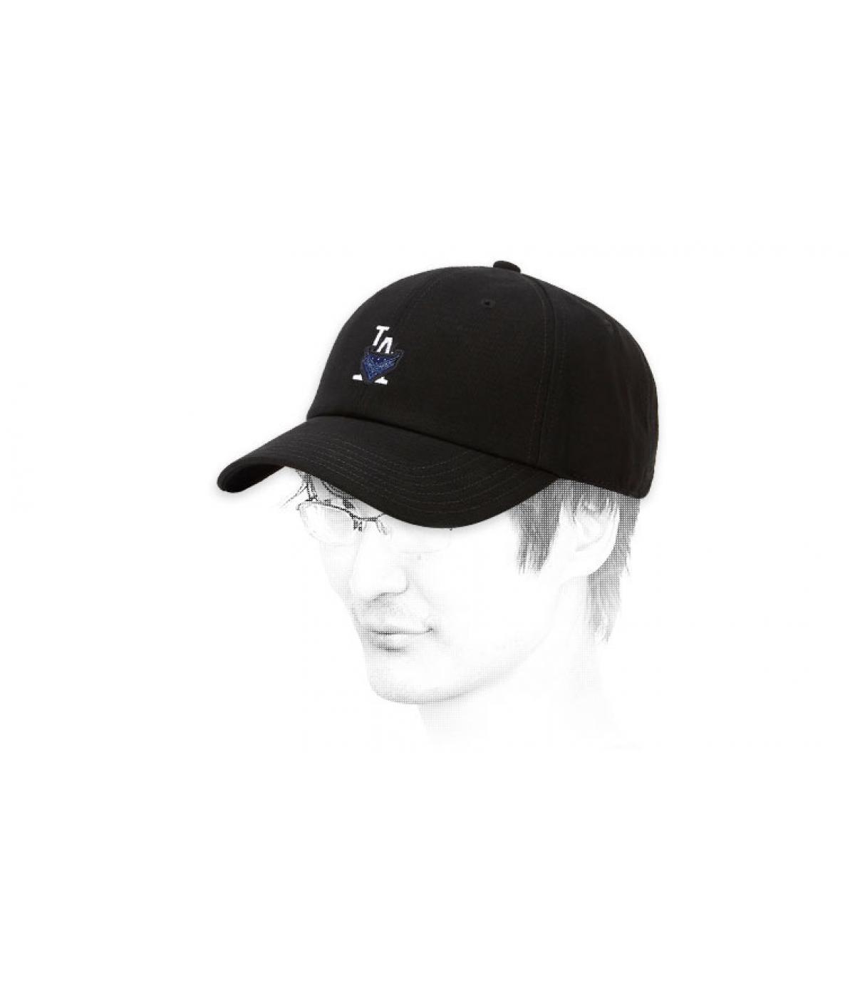 black LA bandana cap