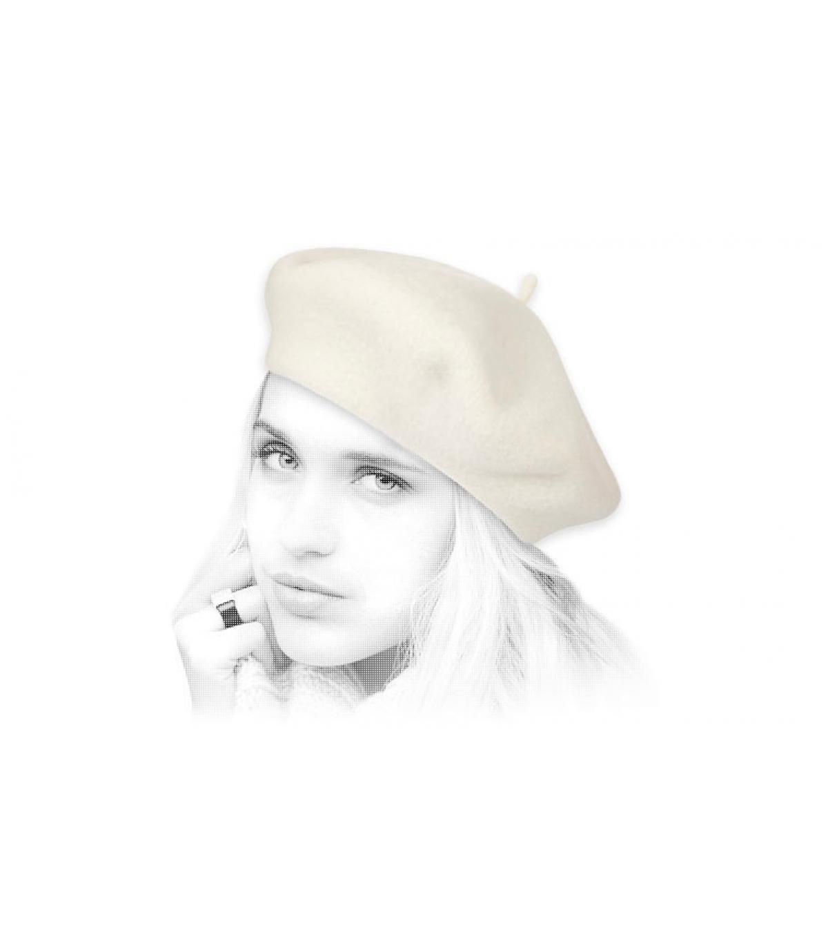 Women beret khaki