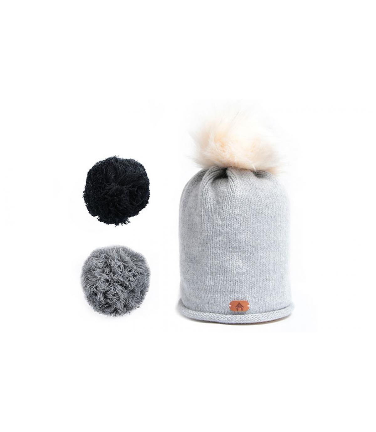 grey beanie exchangeable pompoms