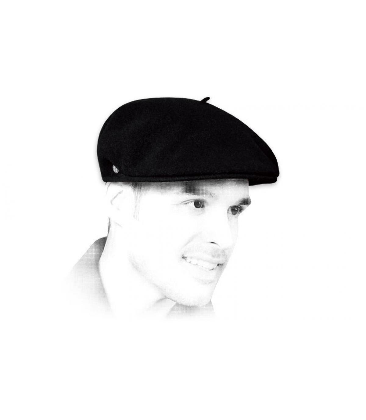 French cap black