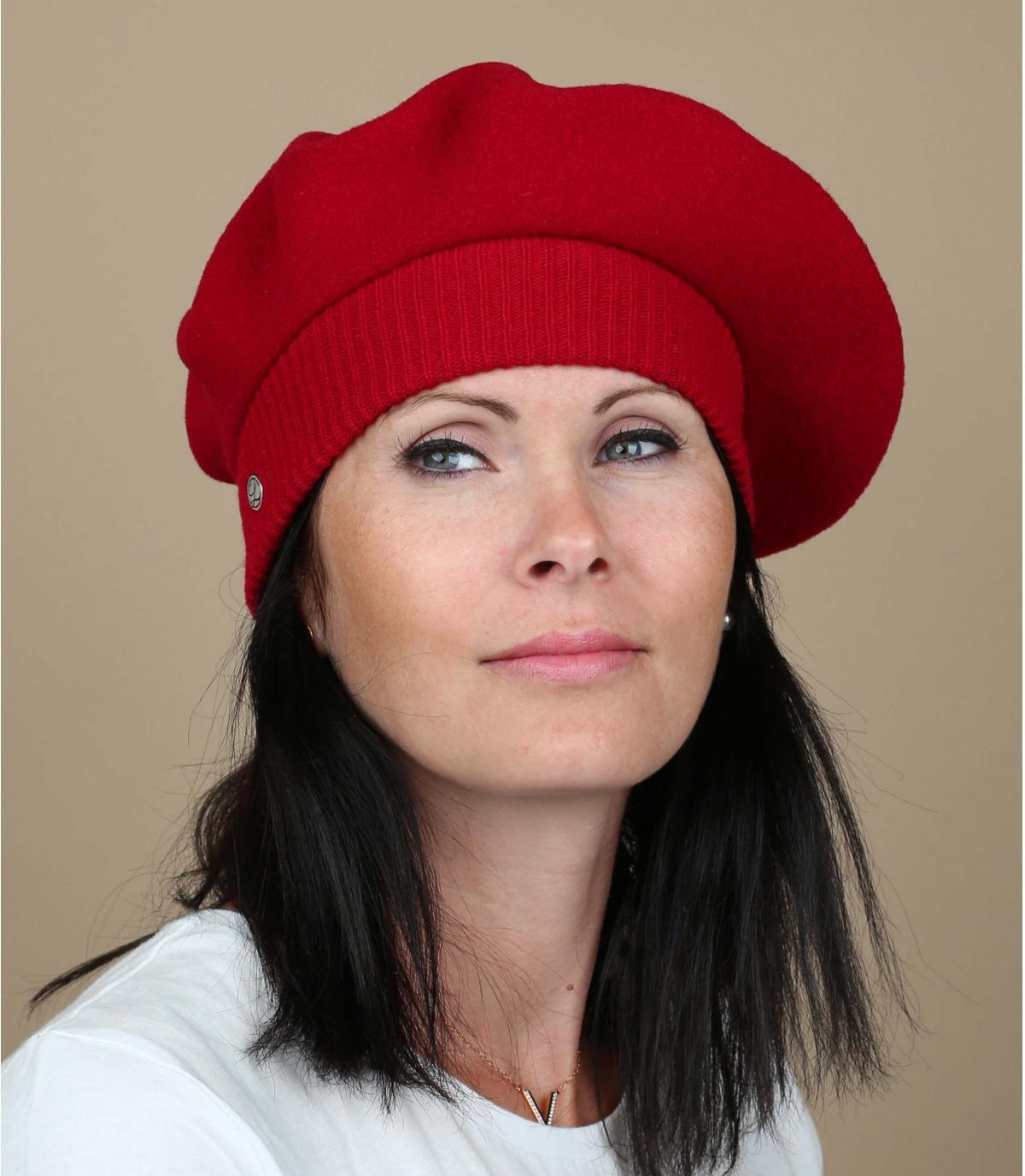 Red paris beret