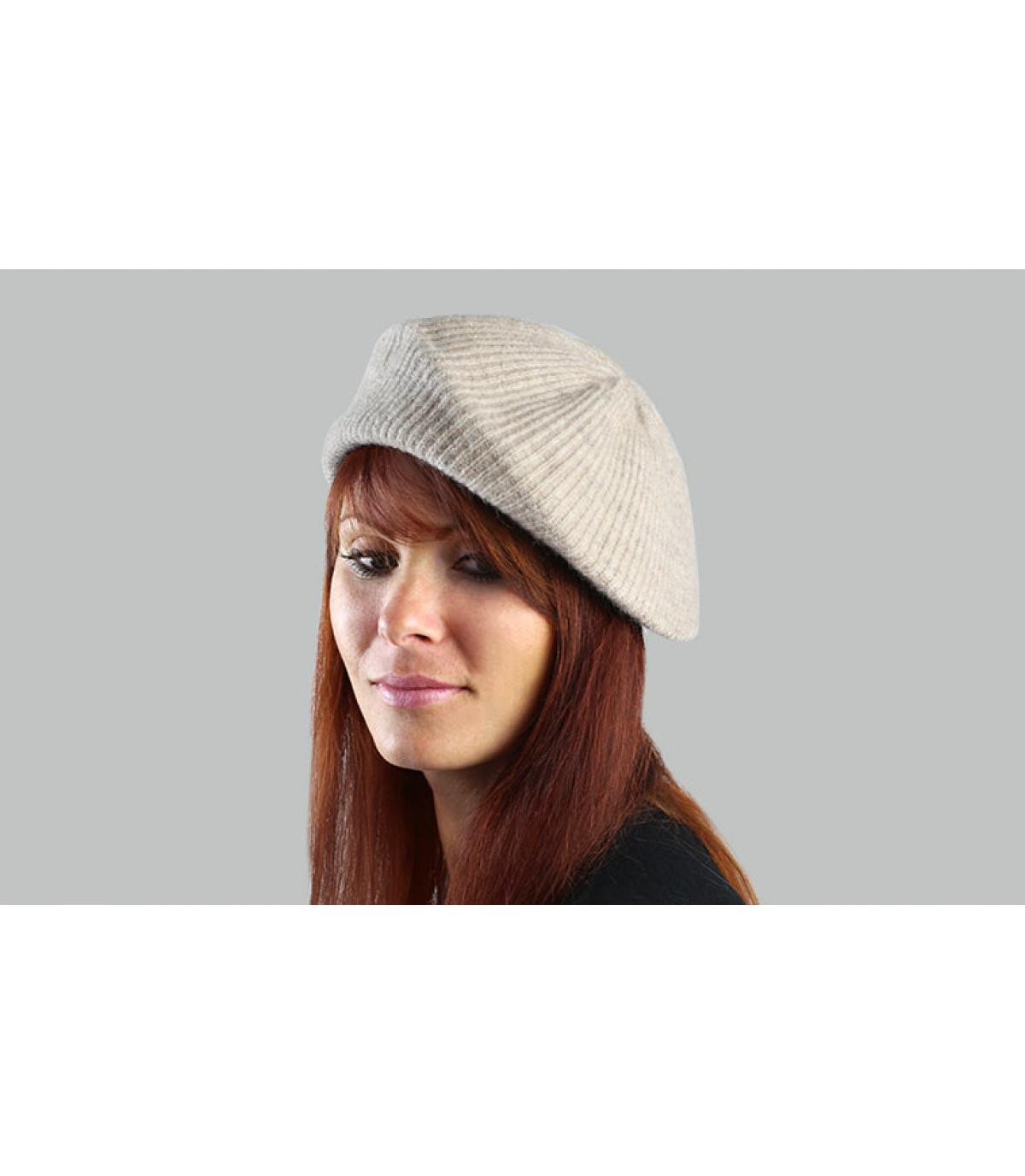 beige woman beret Barts
