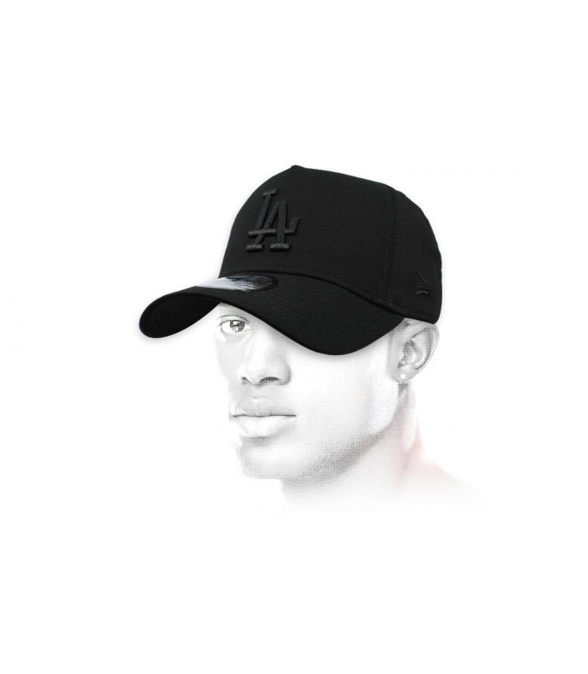 black LA cap Aframe