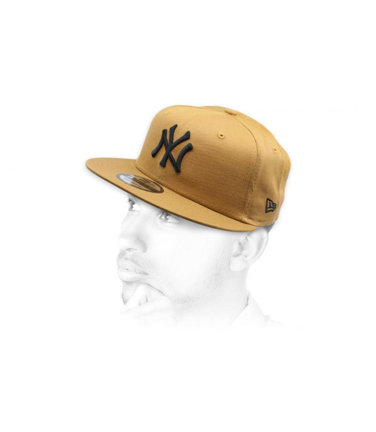 NY beige snapback