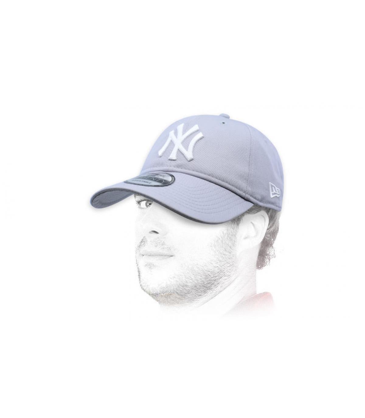 grey foldable NY cap