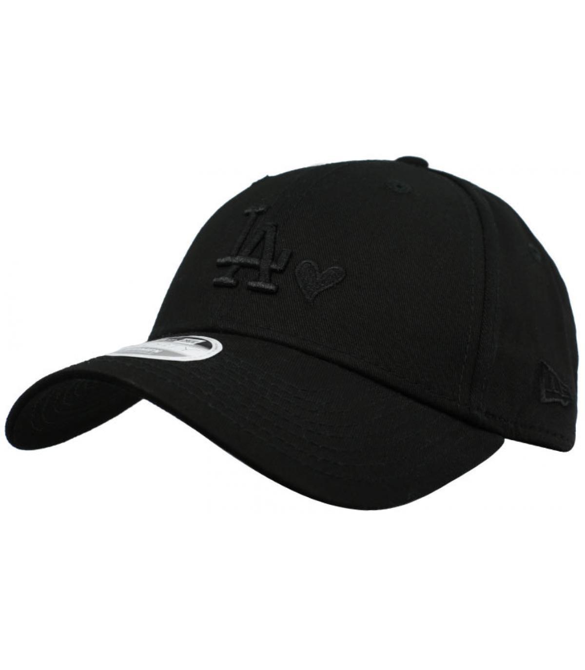 women black LA heart cap