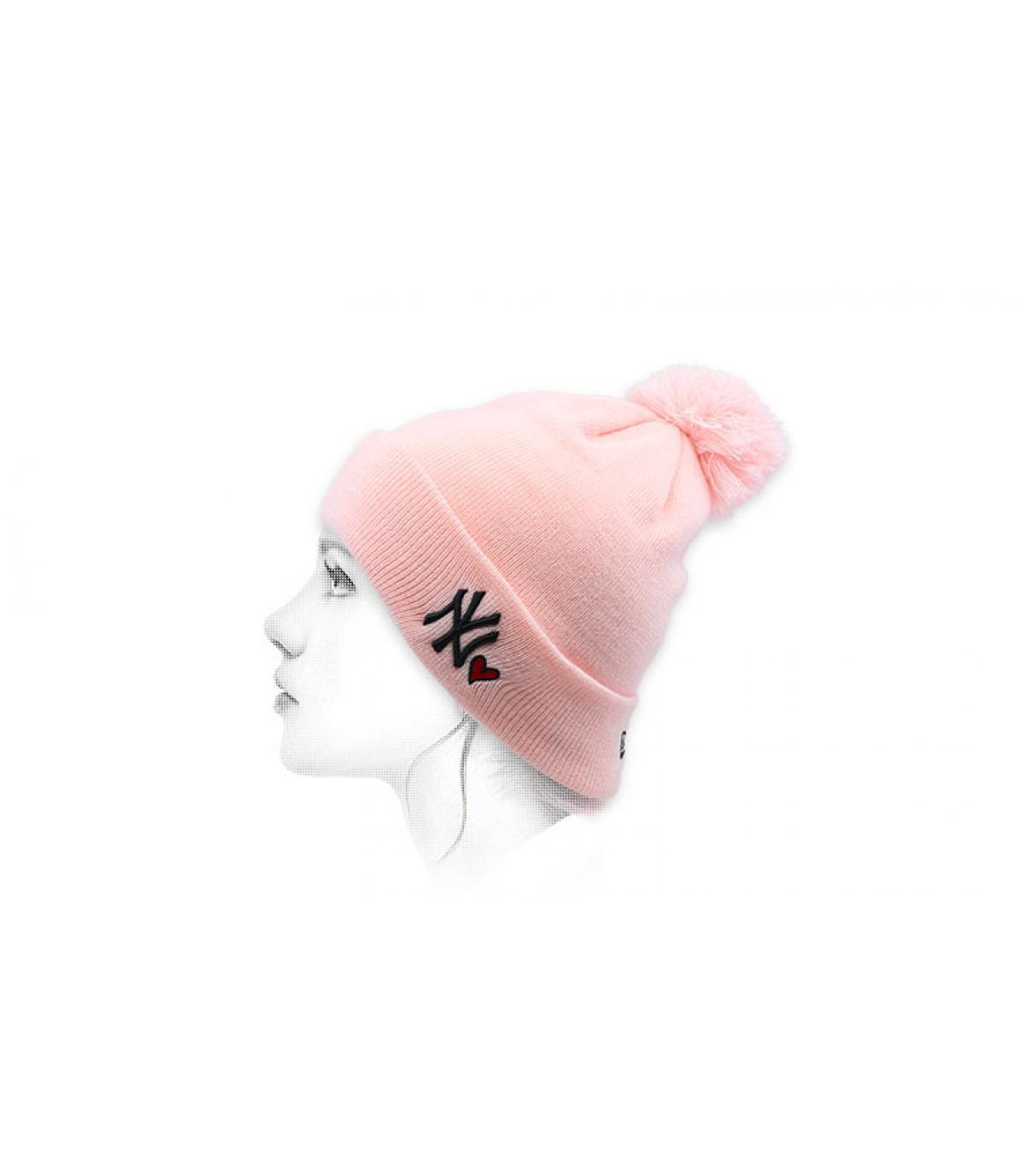 pink NY beanie heart