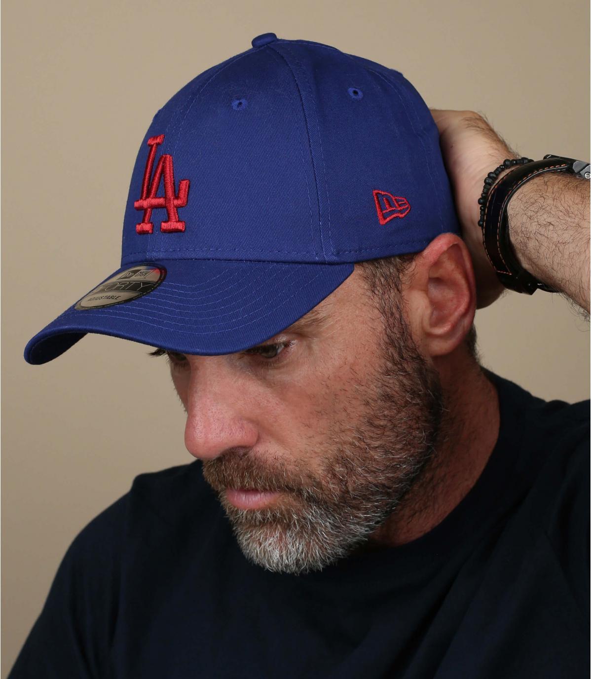red blue LA cap