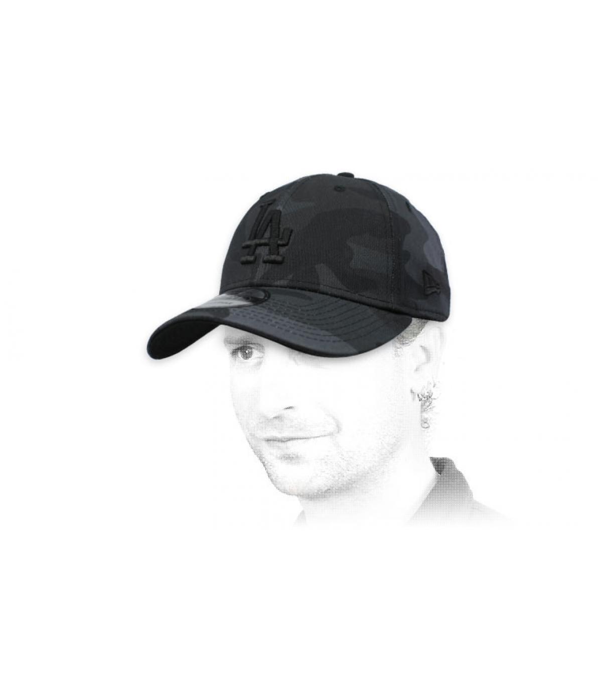 black camo LA cap