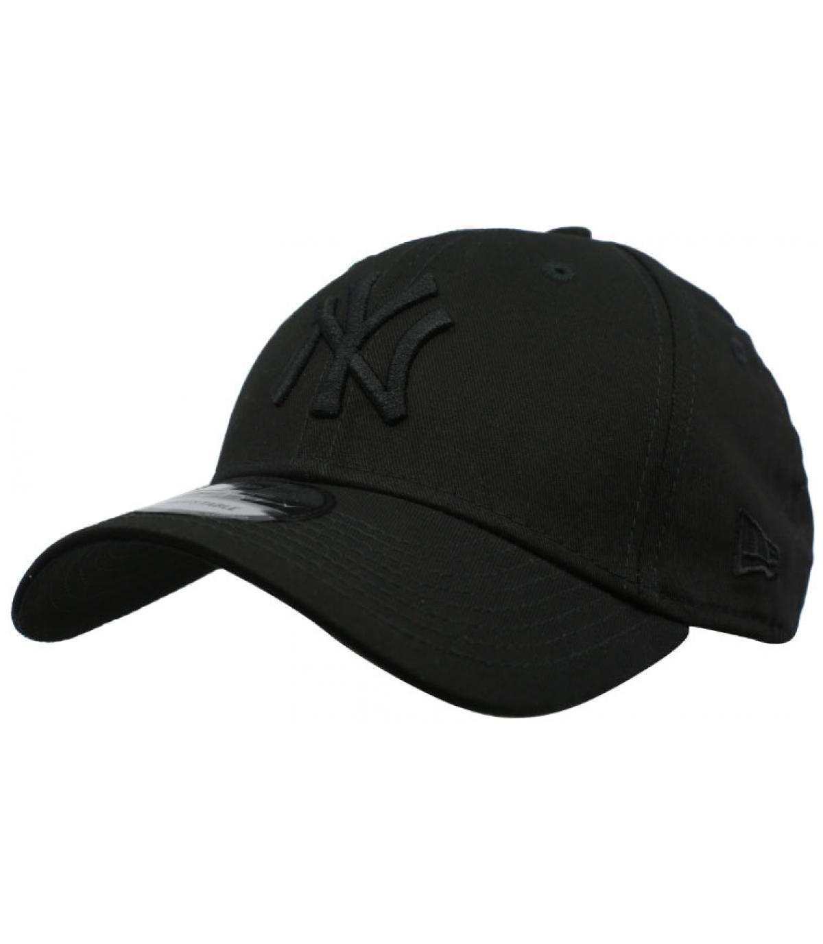 black New Era NY cap