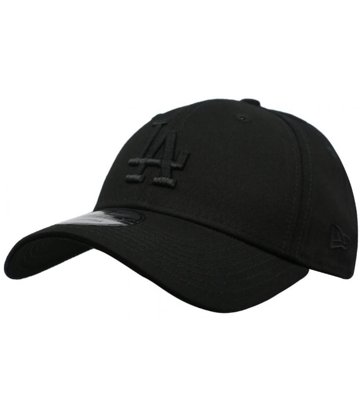 black LA cap New Era