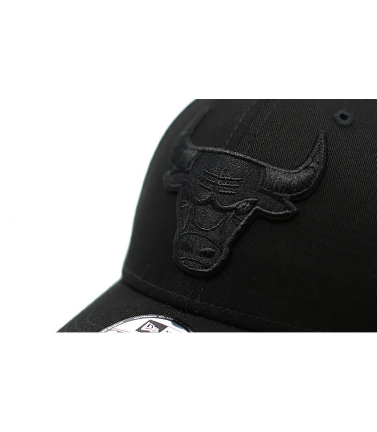 Détails 9Forty Bulls Snapback black - image 3