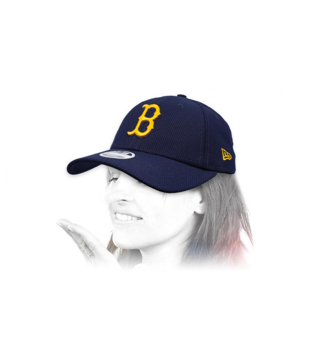 B women cap blue yellow