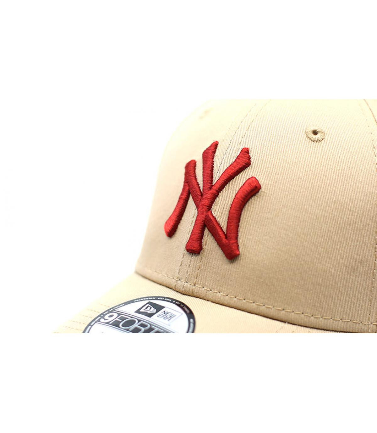 Détails Kids League Ess NY 9Forty camel hot red - image 3