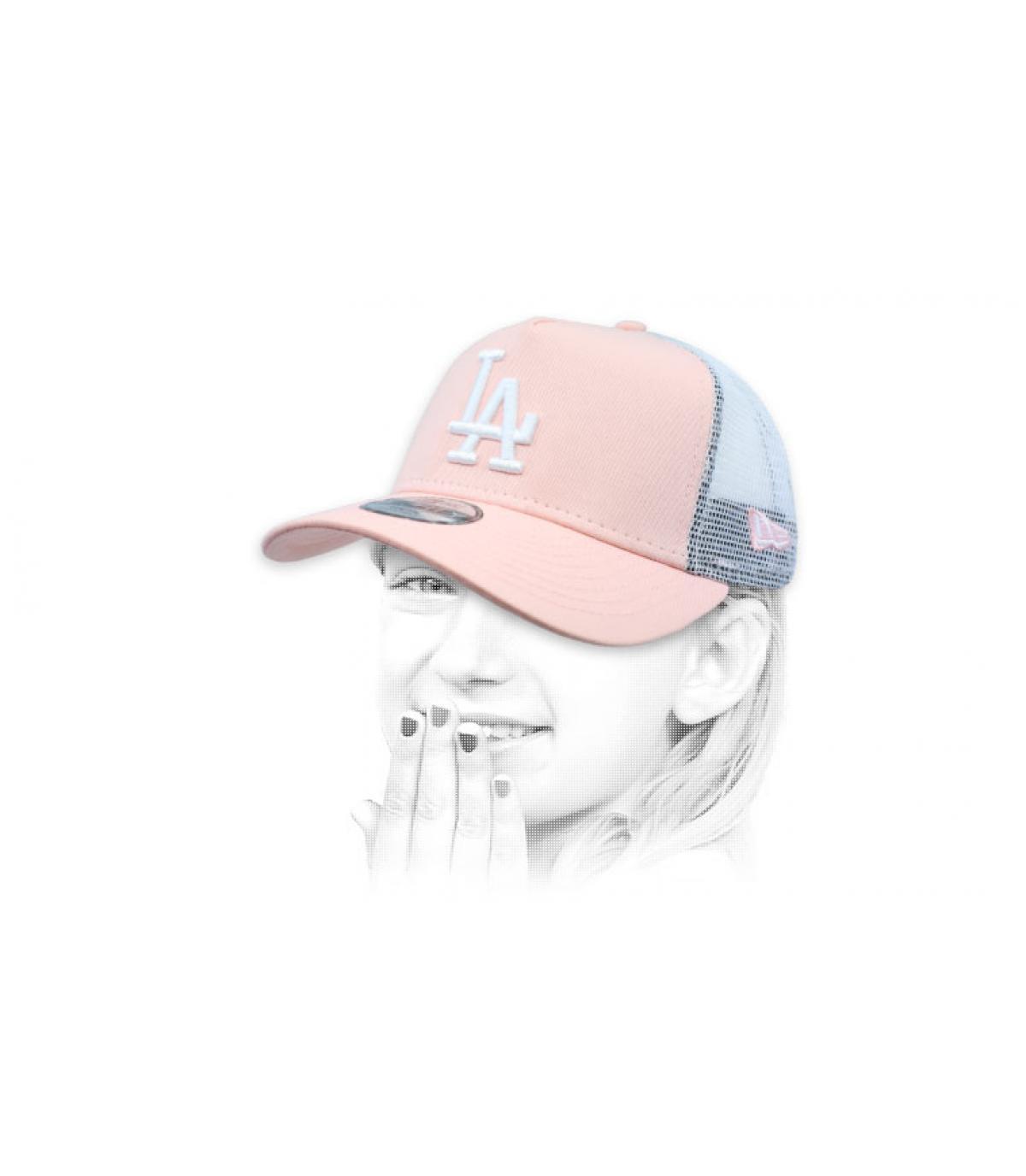 pink LA child trucker