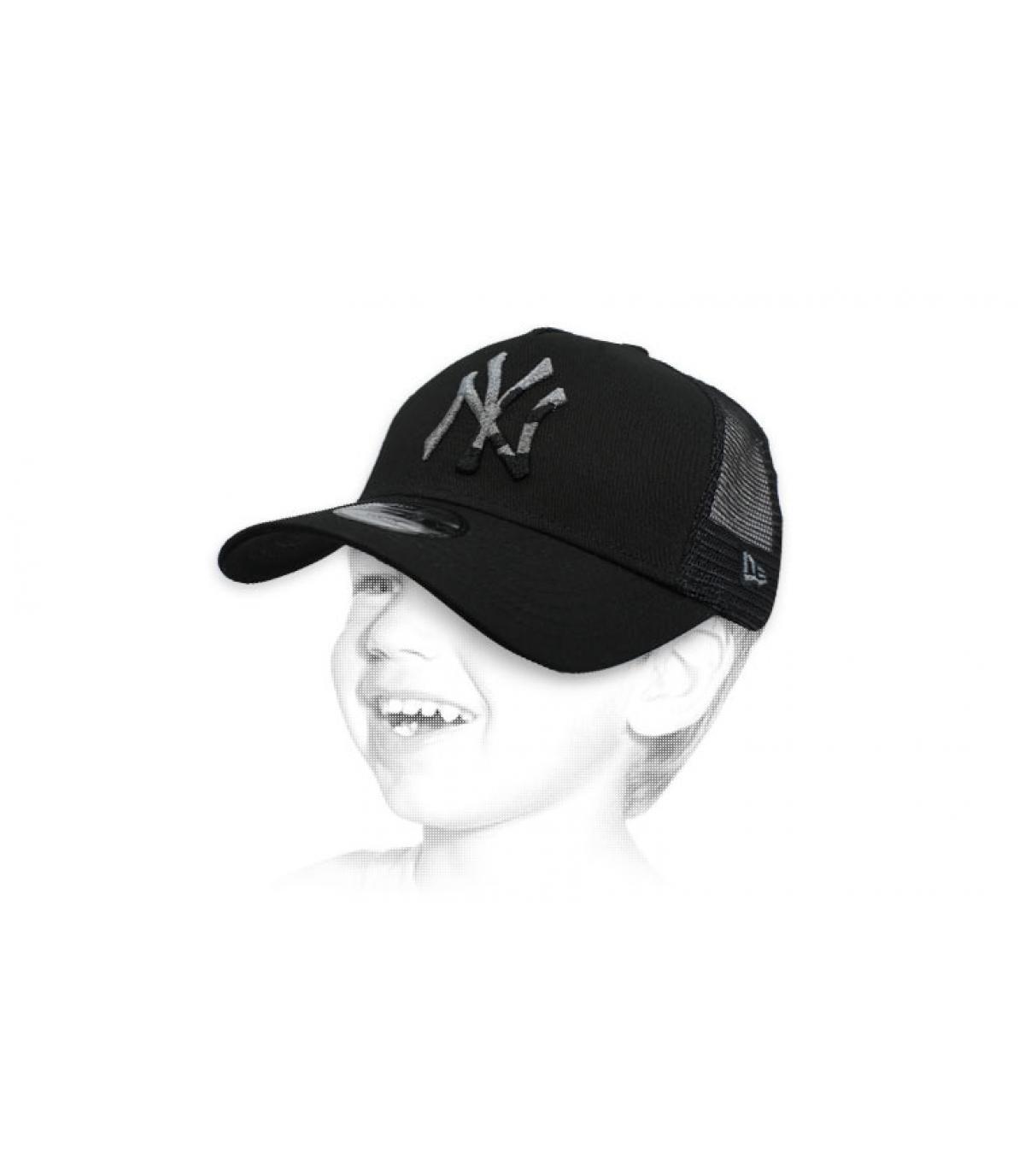 black NY kids trucker