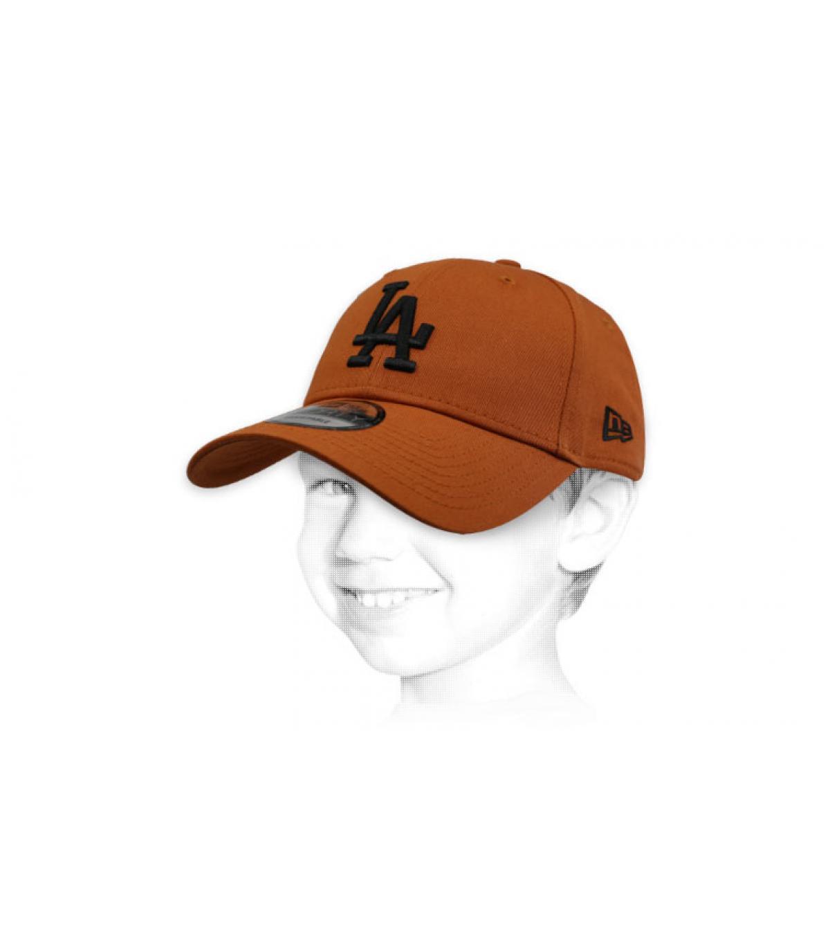 LA child cap brown