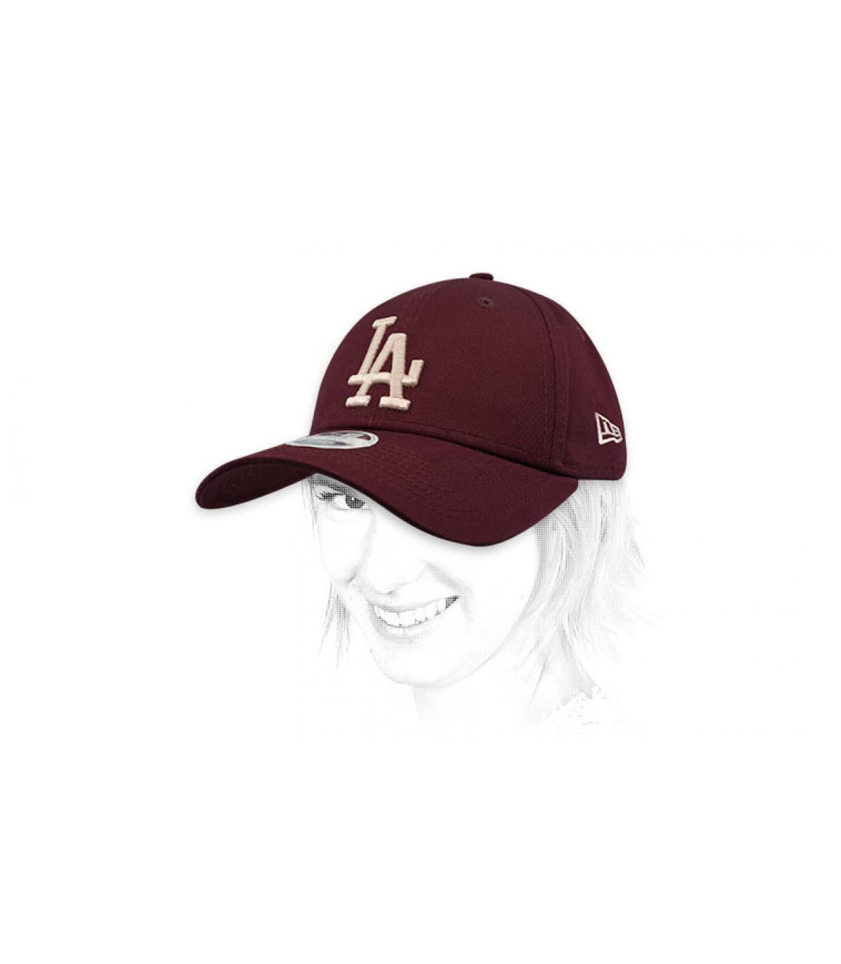 women LA burgundy cap