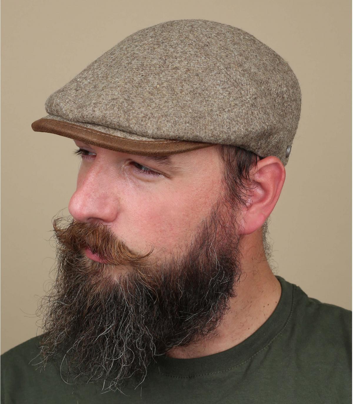 beige wool flat cap