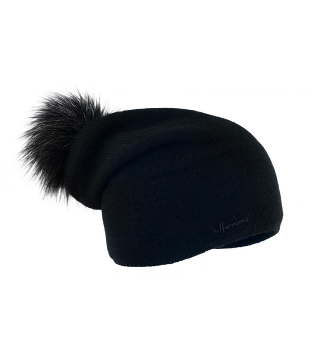 black long beanie fur pompom