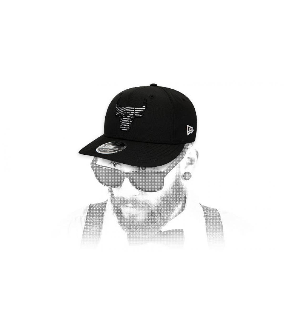 black Bulls snapback striped logo