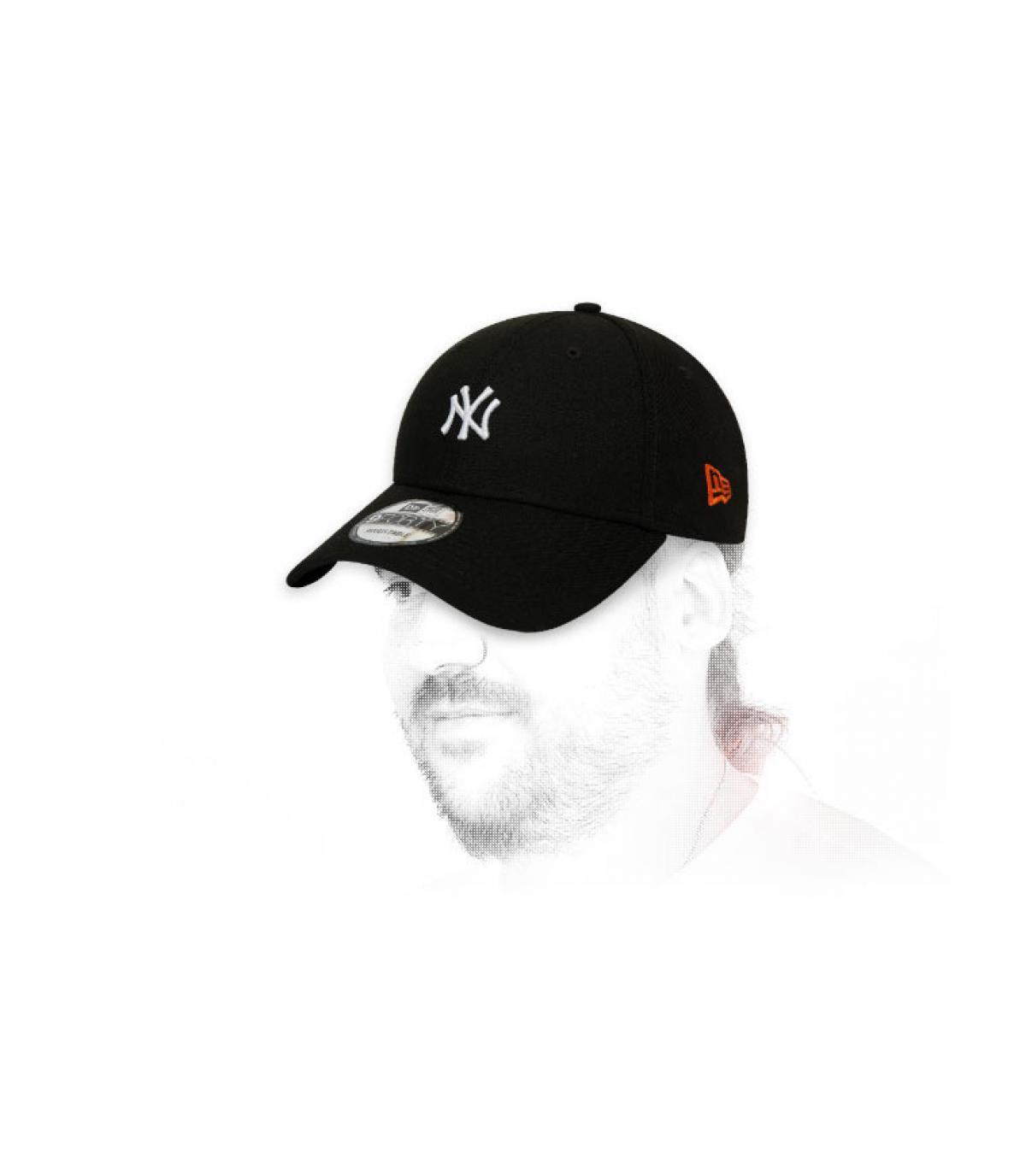 black NY cap Japan