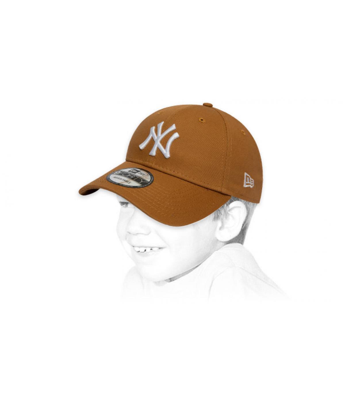 beige NY child cap