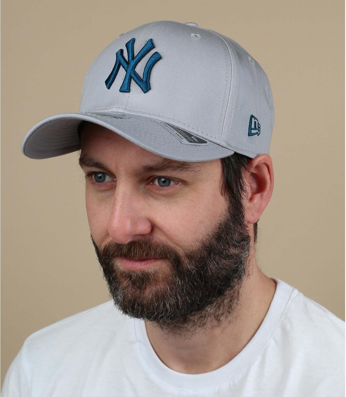 blue-grey NY cap