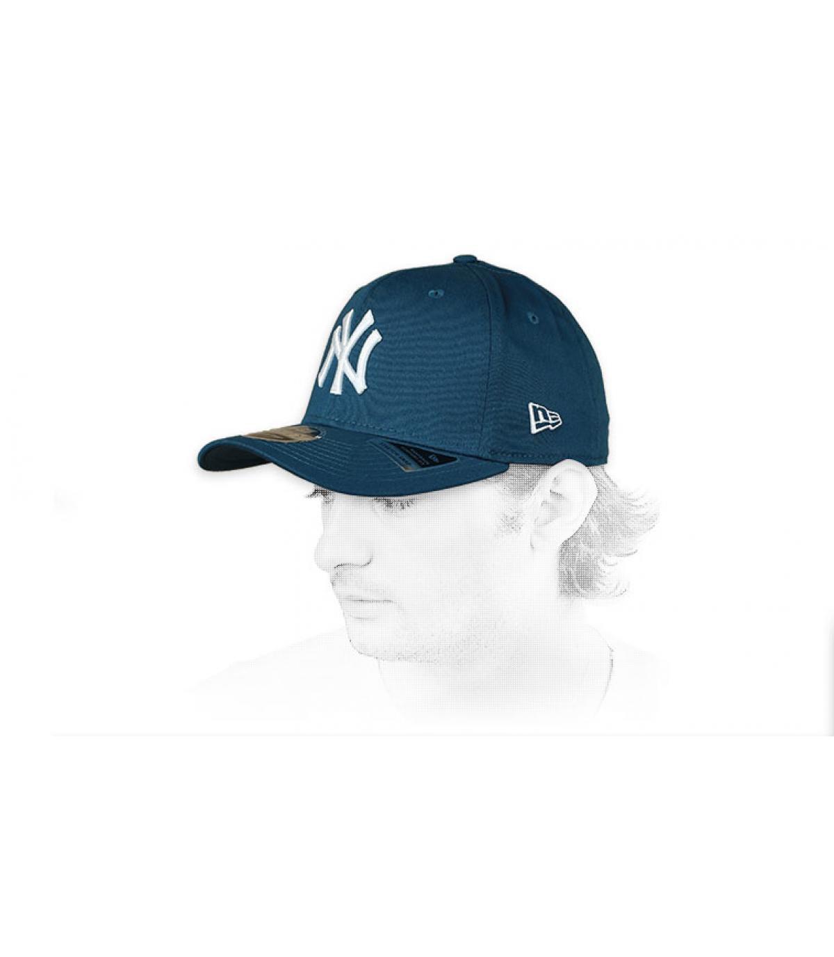 blue white NY cap