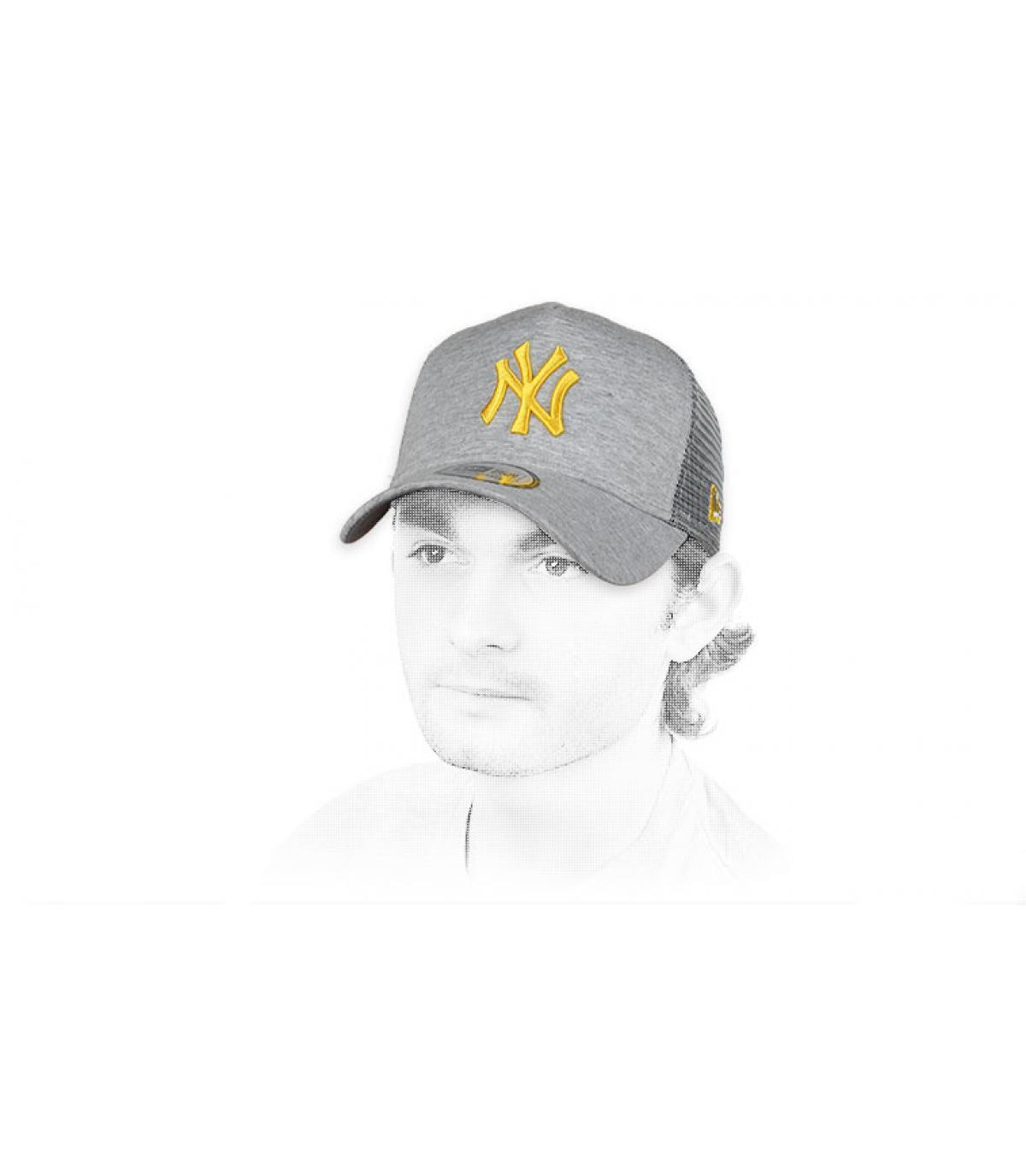 grey yellow NY trucker