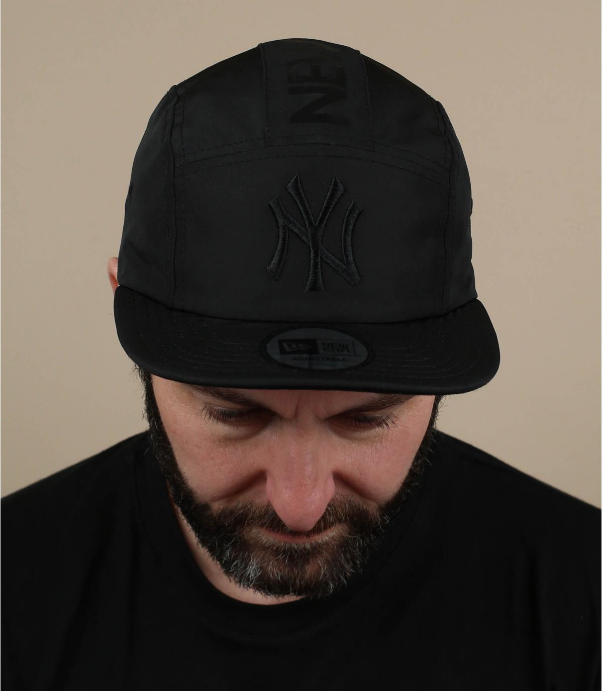 black 5 panel NY cap