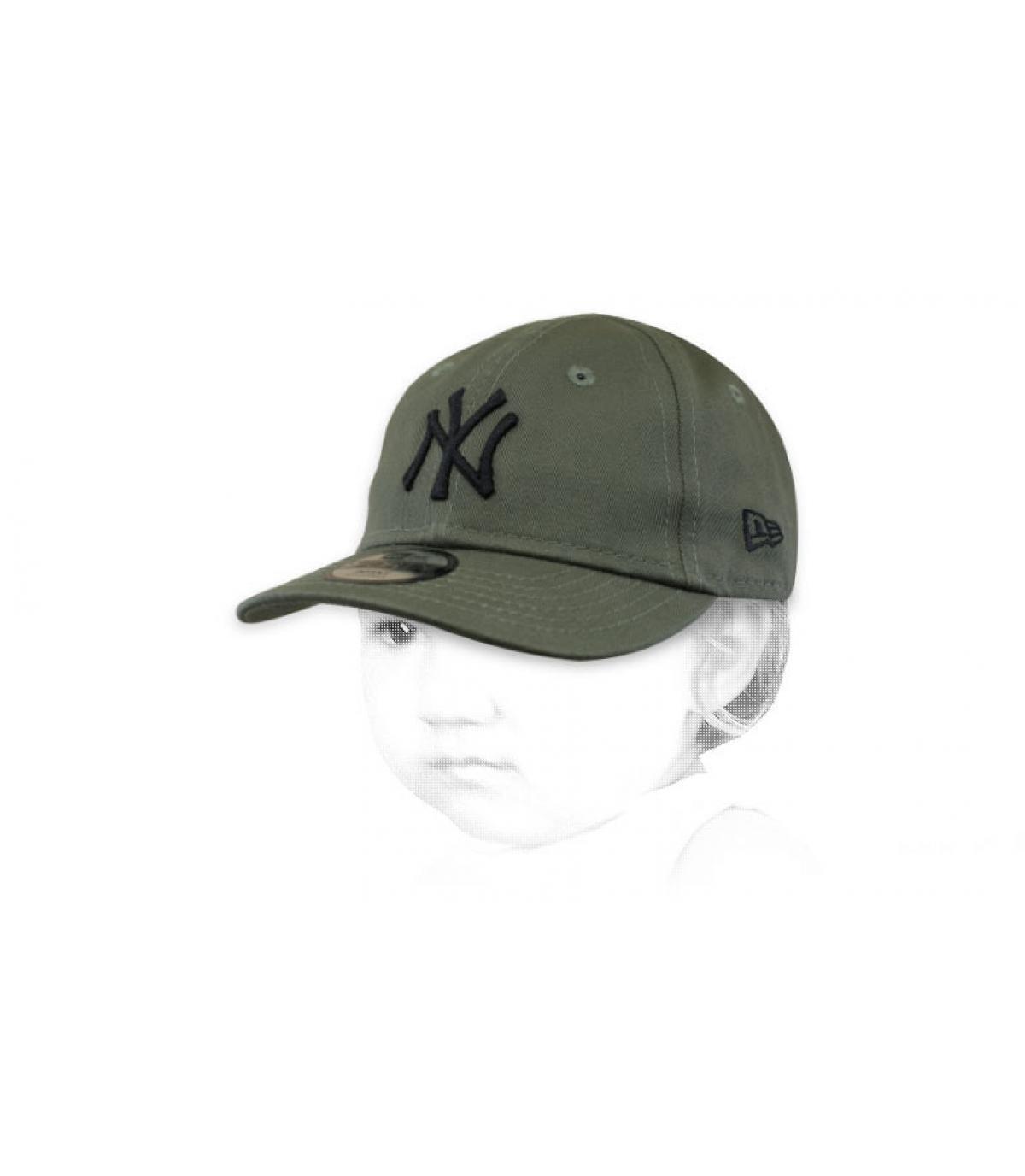 baby green NY cap