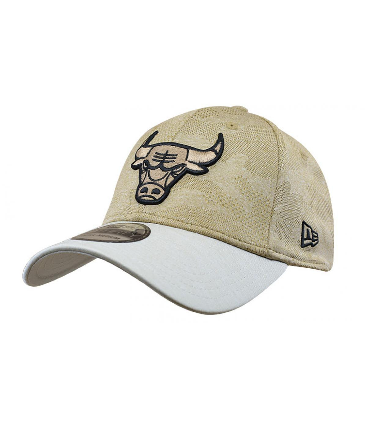 beige Bulls cap