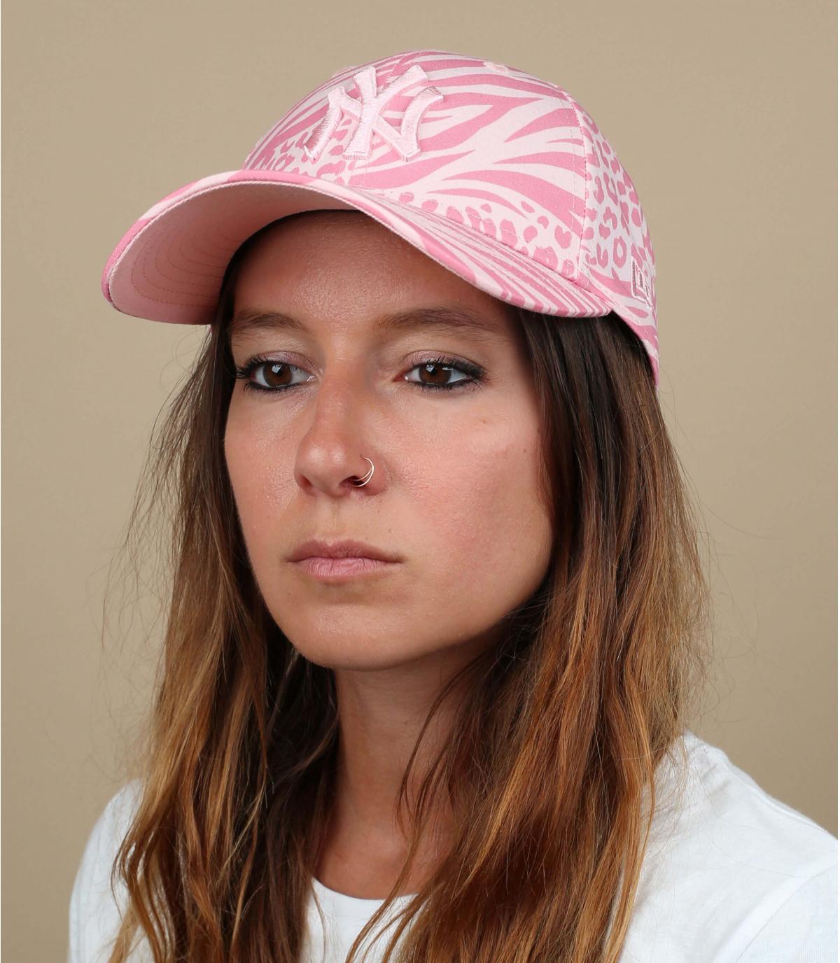 women pink NY cap