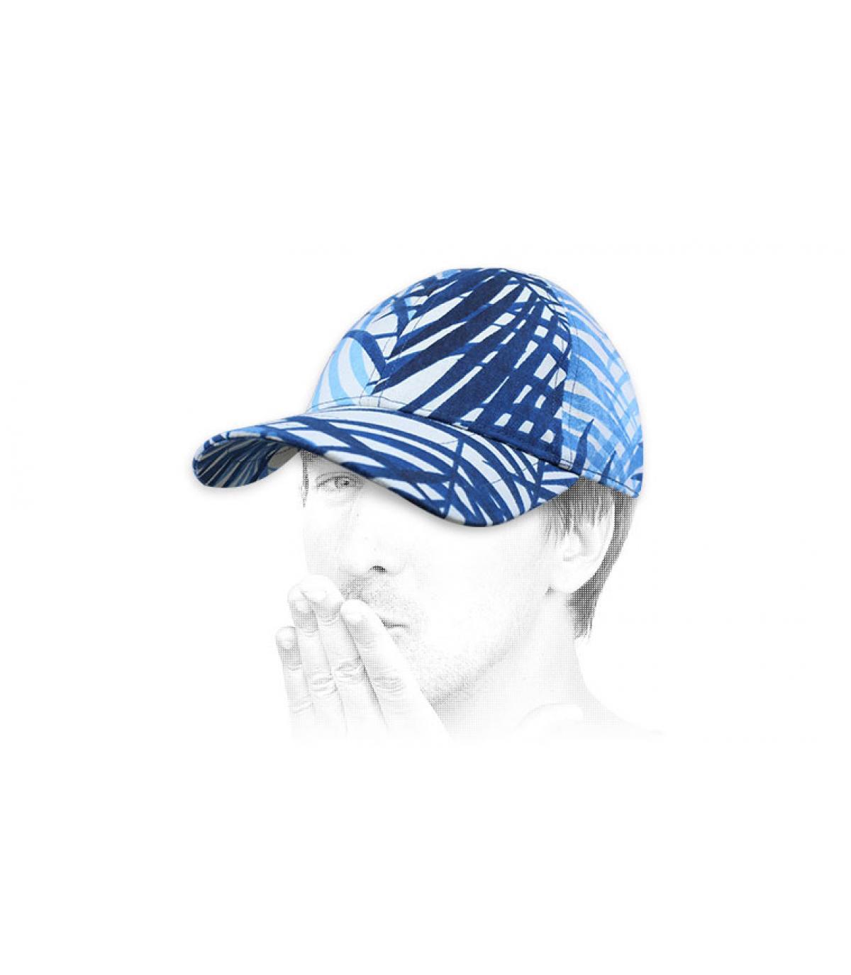 blue white cap Le Chapoté