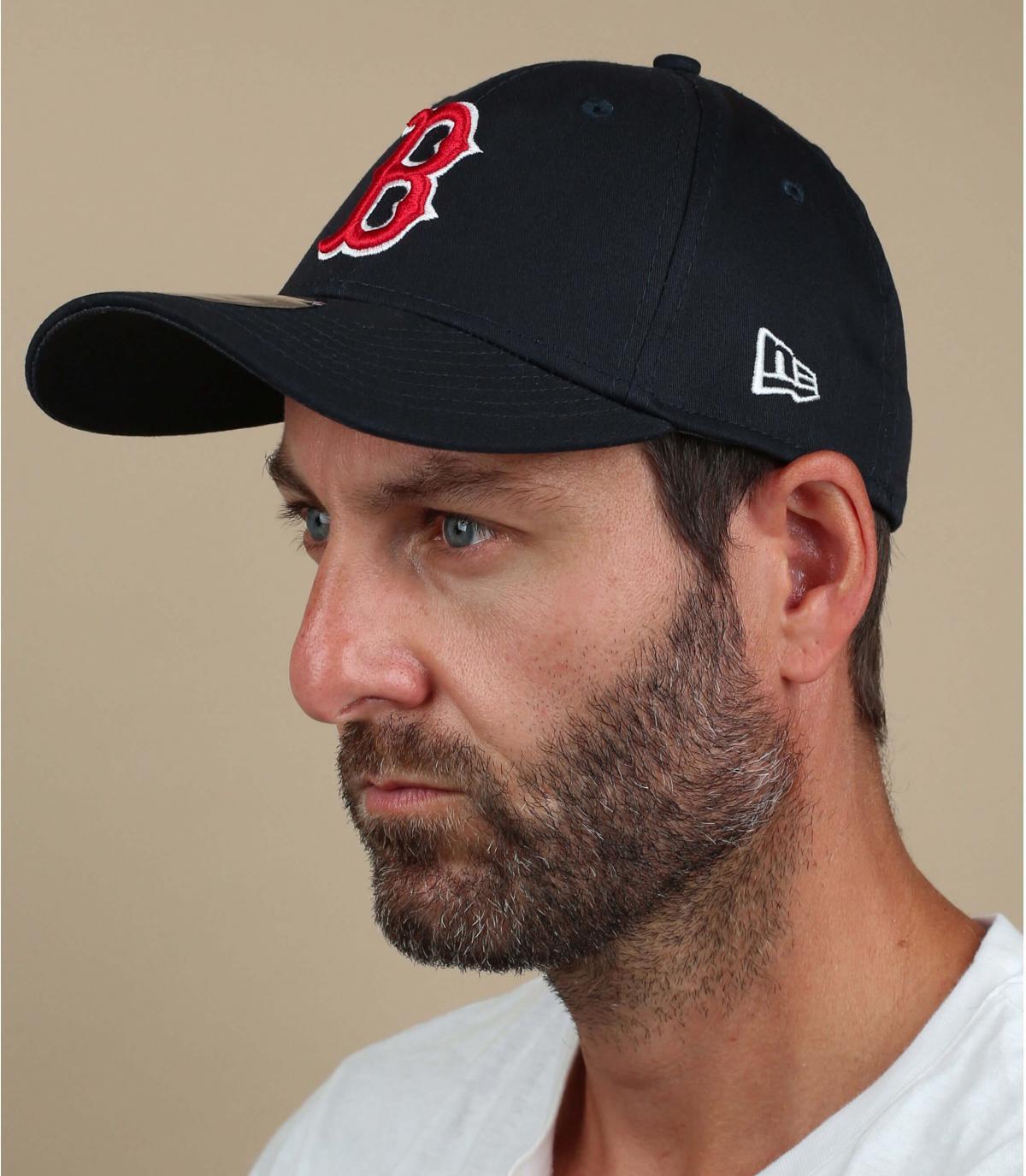 navy blue B stretch cap