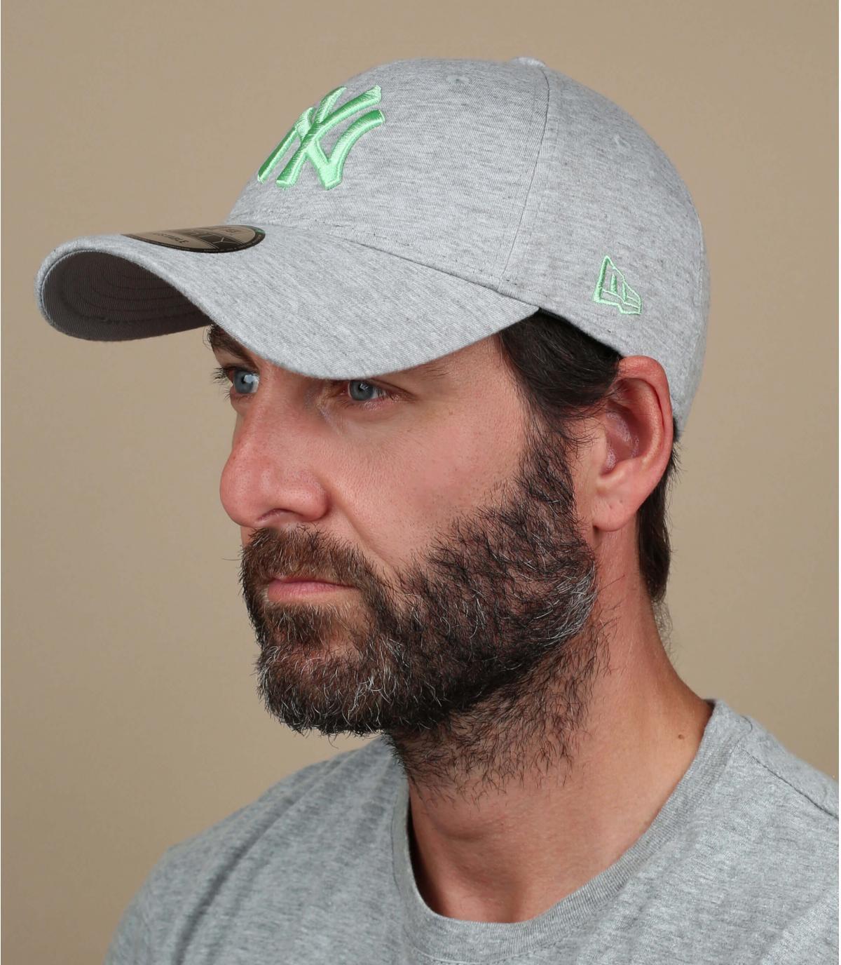 heather grey NY cap