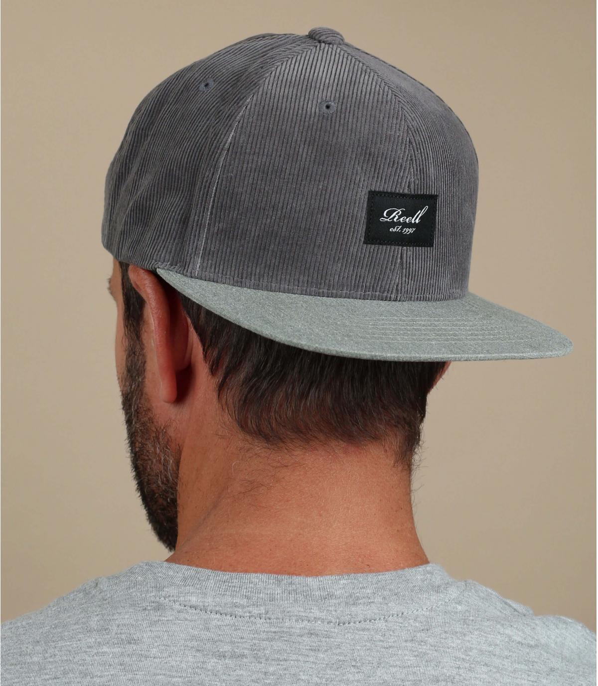 Reell snapback grey corduroy