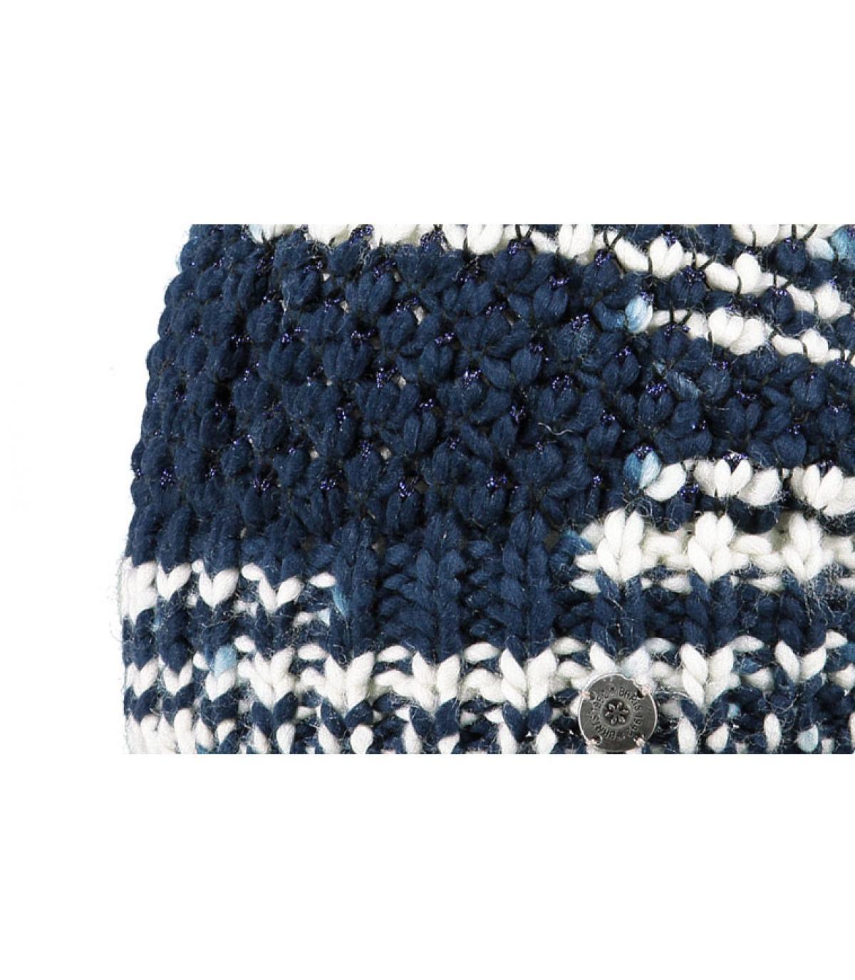 Women blue pom beanie