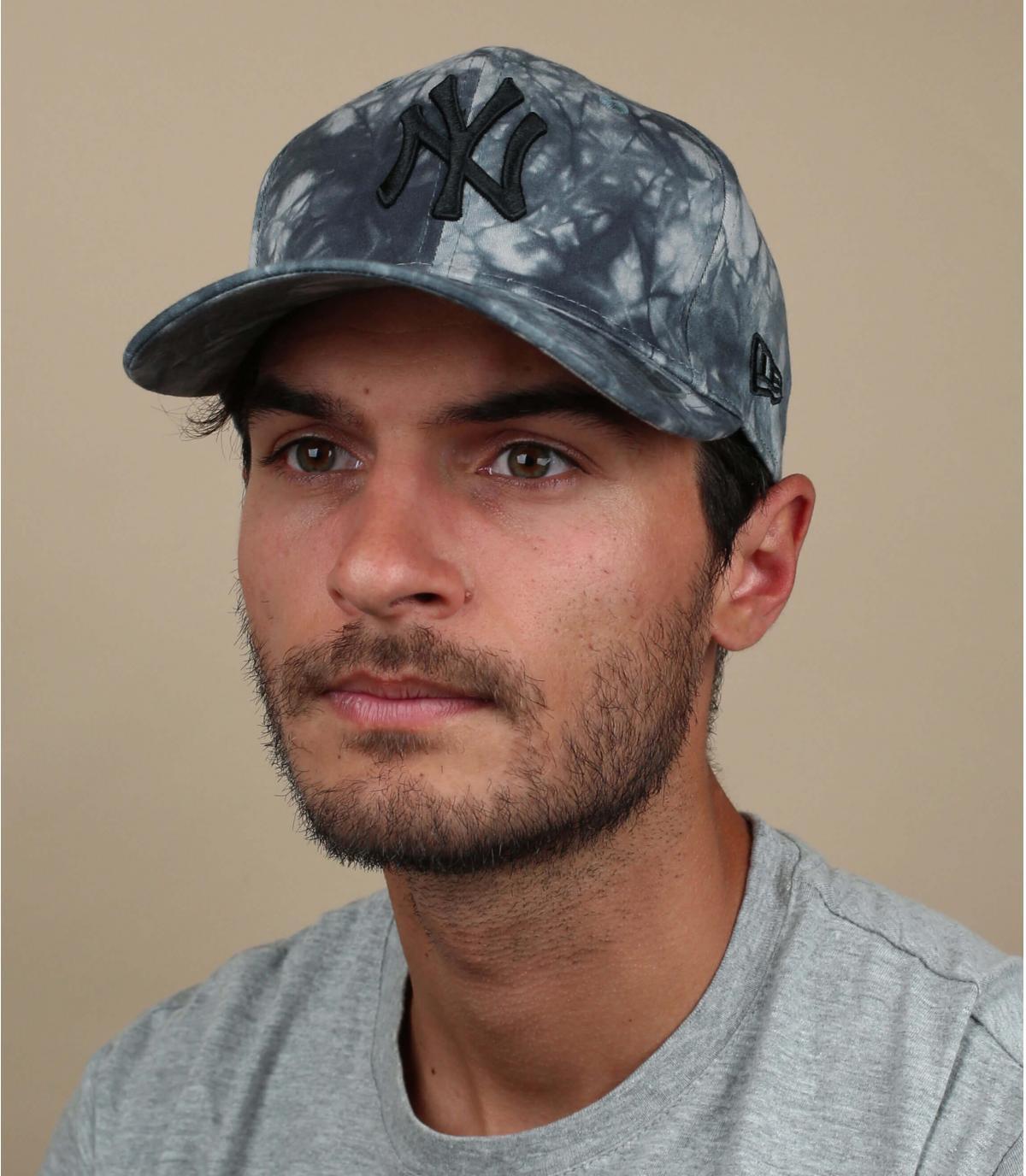 Tie dye NY cap