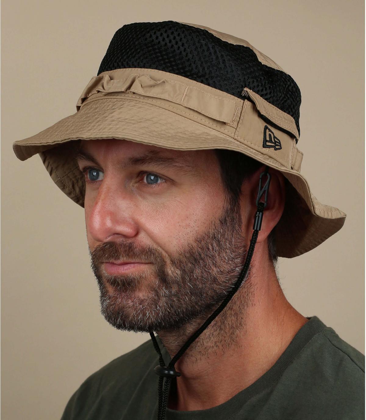 New Era beige bucket hat.