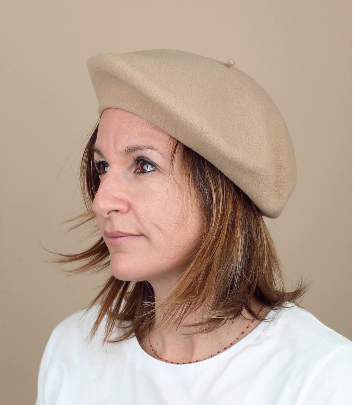 beige flat cap Laulhère