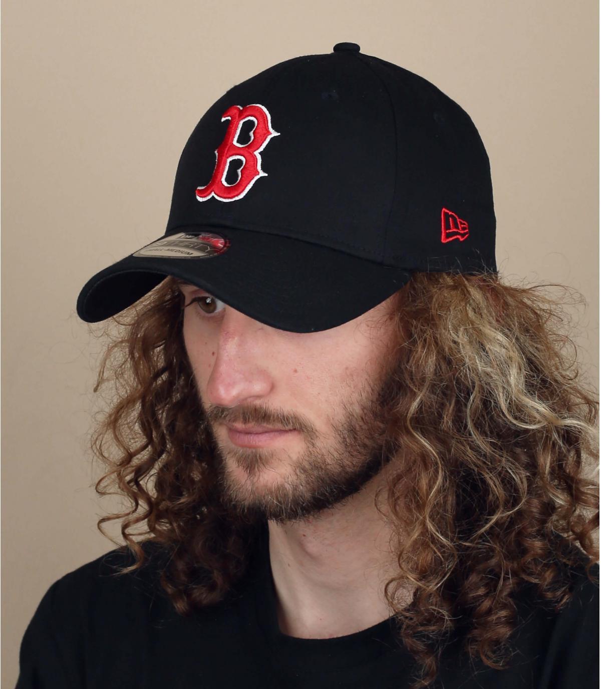 black B stretch cap