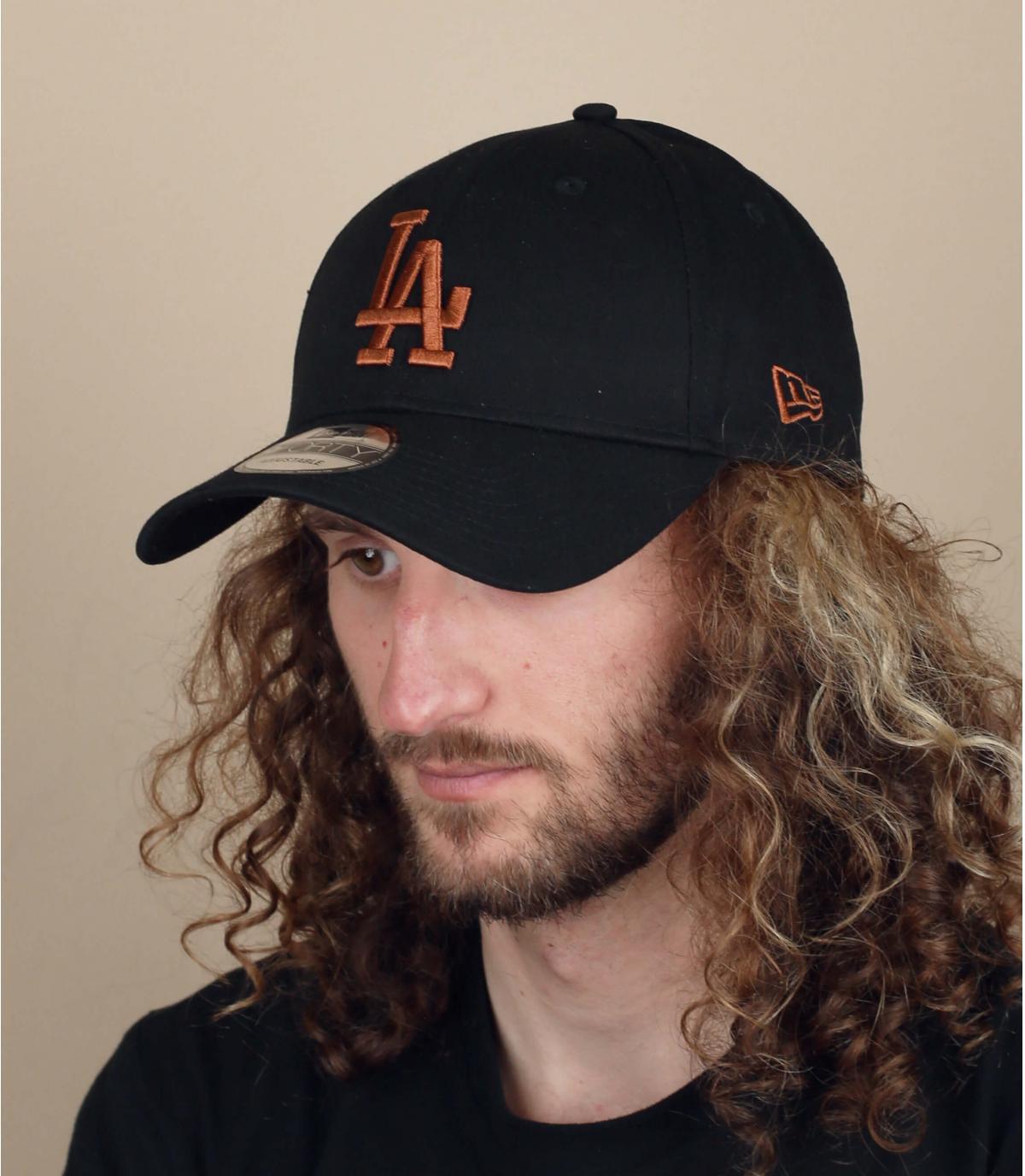 Beige black LA cap