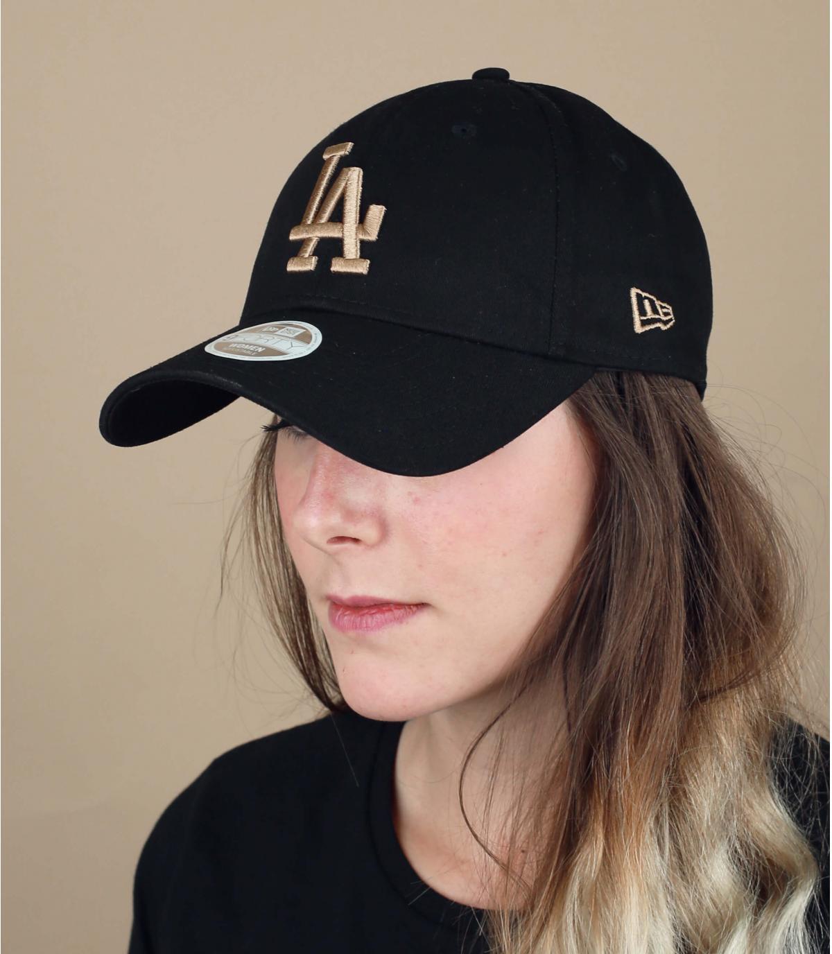 women LA black cap