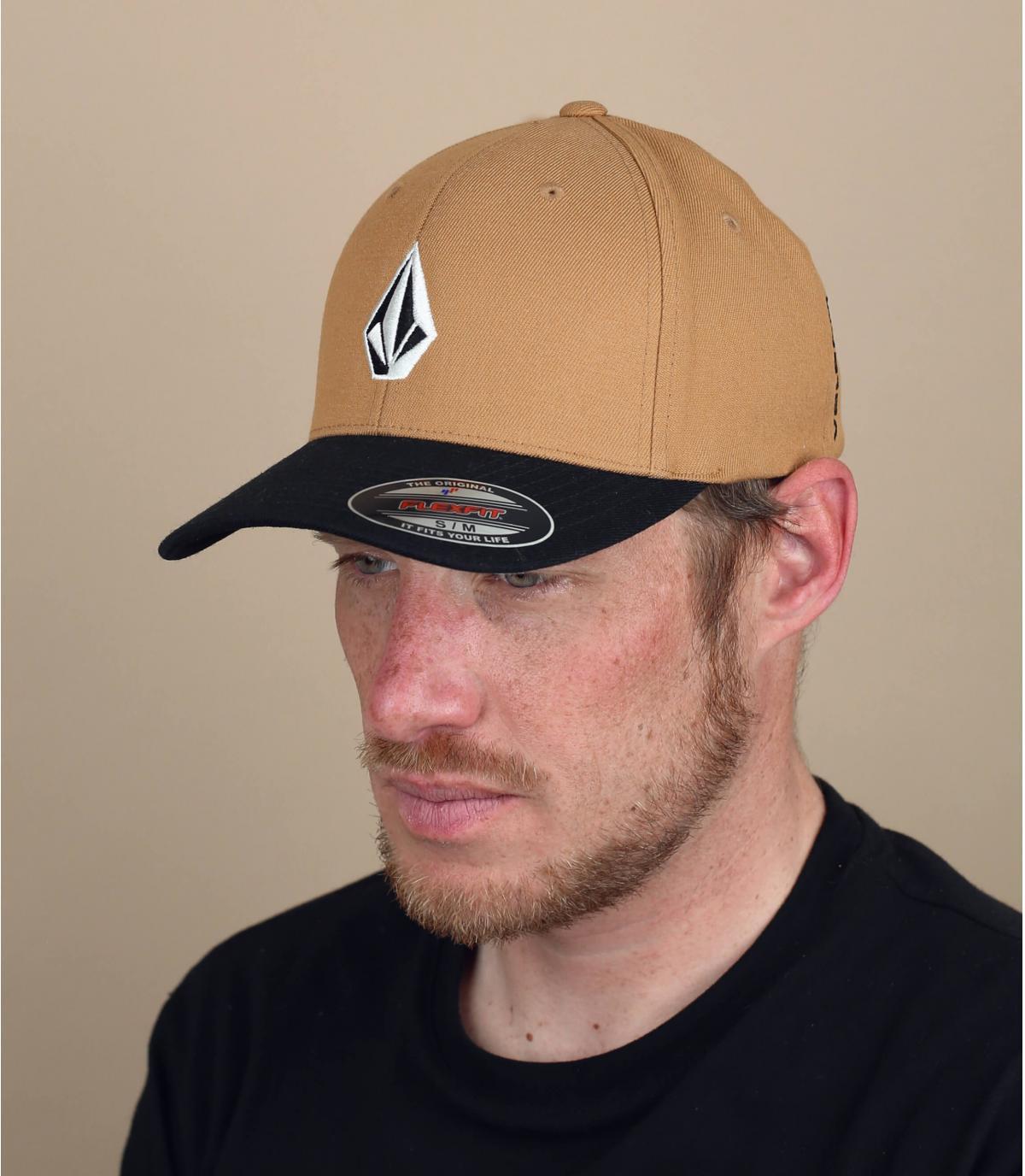 beige black Volcom cap
