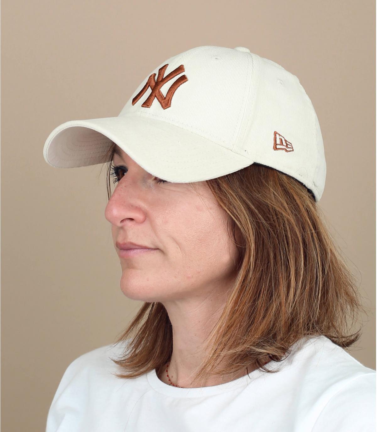 Beige corduroy women cap